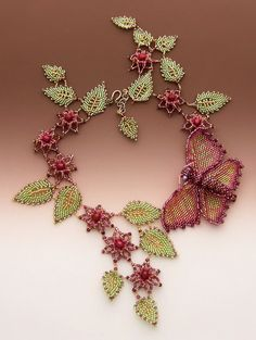 Bead art by Huib Petersen. Russian Summer You know, I think I have a kit to make this on by desk...