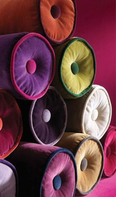 KISS VELOURS by LORCA: A beautifully soft plain-cotton velvet in twenty-five colours including rich jewel tones and versatile neutrals. It has a stain resistant finish.