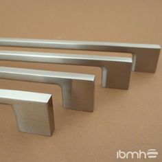 https://www.ibmhcorp.com/   Importar Tiradores y Pomos en Acero Inoxidable de China.  Herrajes para Muebles   https://www.ibmhcorp.com/EN Import Stainless Steel Furniture Handles and Knobs from China.  Furniture Hardware  Furniture Fittings