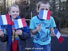 France activities for kids includes food, movies, books, maps, music, art . . . roll it all into one