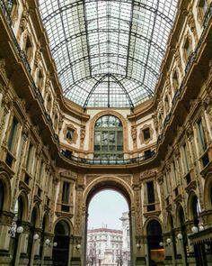 Golden gallery. #Milano #igerslombardia #igersitalia #winter4igers #igersmood #inlombardia #italiait #milanodavedere #visitmilano #tv_lifestyle #browsingitaly #whatitalyis #ig_worldclub #ig_worldpics #ig_italia #loves_italia #livefolk #italia365 #loves_world #gf_italy #tv_living #vsco #vscocam #vscogoodshot #igphotoworld #milaninsight  #igerslombardia #igersitalia #winter4igers #igersmood #inlombardia #italiait #milanodavedere #visitmilano #tv_lifestyle #browsingitaly #whatitalyis…