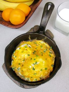 Baked Eggs with Crispy Hash Brown Crust Breakfast Bites, Best Breakfast, Cake Batter Smoothie, Recipe For 2, Dutch Oven Cooking, Recipe Filing, Brunch Dishes, Egg Dish, Crust Recipe