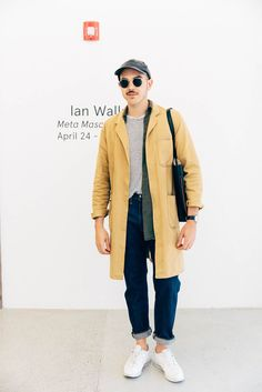 12 Minimalist Looks To Copy Now, Courtesy Of Everlane #refinery29  http://www.refinery29.com/everlane-street-style#slide-5  Levi's designer Devon Rufo looks sleek in an Everlane bag, Alexander Wang shirt, and vintage jacket.
