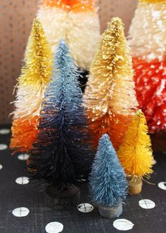 Black and Gray Vintage Style Halloween Ombre Bottle Brush Tree