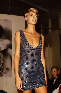 Evangelista in the -Linda Evangelista in the - Supermodels of the Where Are They Now? Gianni versace and top models. 90s Fashion, Runway Fashion, Fashion Models, High Fashion, Vintage Fashion, Fashion Looks, Fashion Outfits, Fashion Pics, Yeezy Fashion