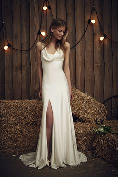 The Eclipse Gown in Ivory | The Jenny Packham 2017 Bridal Collection | see them all on www.onefabday.com