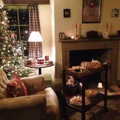 Remembering The Old Ways Christmas Living Rooms, Christmas Room, Cozy Christmas, Cottage Living Rooms, Cottage Interiors, Victorian Christmas Decorations, Home Music Rooms, Cosy Interior, Cozy Room