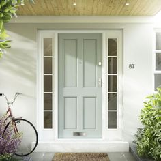 What's making the exterior of your home look old-fashioned – and how to change it House Front Door, House Doors, House Entrance, Exterior Front Doors, Exterior House Colors, Exterior Design, Bright Front Doors, Front Door Colors, Cedar Homes
