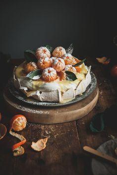 Clementine Curd Pavlova