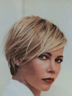 Haircuts Trends Afbeeldingsresultaat voor dames kapsel 2015 Discovred by : Laurette Murphy Short Hair Cuts For Women, Short Hair Styles, Long Pixie, Haircut And Color, Short Blonde, Red Blonde, Great Hair, Hair Today, Hair Dos