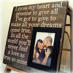 LOVE this picture frame!