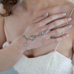 VAVANT Hand Chain - Blue Green & Silver | Modern boho jewelry | Criscara