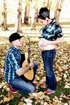 Rockabilly style, maternity shoot, fall, photograper Shauna Nelson