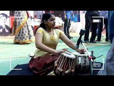 Kerala girl Playing Tabla, Amazing performance - YouTube
