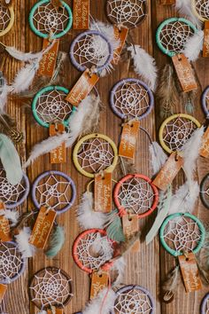 Dream catcher escort cards wedding souvenirs Whimsical wedding at The New Children's Museum Birthday Souvenir, Wedding Souvenir, Wedding Favors, Wedding Ideas, Dream Catcher Wedding, Dream Catcher Cake, Debut Ideas, Debut Souvenir Ideas, Bohemian Party