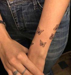 Dainty Tattoos, Dope Tattoos, Wrist Tattoos, Pretty Tattoos, Tatoos, Classy Tattoos, Stomach Tattoos, Feminine Tattoos, Tattoo Ink