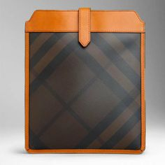 Burberry's latest iPad case is made of a fabric displaying a Burberry signature check pattern trimmed with a supple natural. Latest Ipad, Fabric Display, Bespoke Tailoring, Small Leather Goods, Business Travel, Men's Accessories, Pitch, Ipad Case, Apocalypse