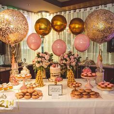 Event Inspiration, baby pink, gold, fun and glitter for a Birthday party! Birthday Surprise For Mom, Gold Birthday Party, Golden Birthday, 30th Birthday Parties, Gold Party, Mom Birthday, Birthday Balloons, 19th Birthday, Birthday Cake