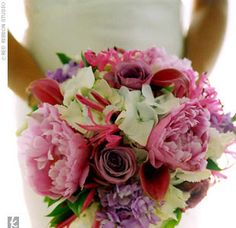 Real Weddings - Jennifer & Mike: A Casual Wedding in Chatham, MA - The Bridal Bouquet
