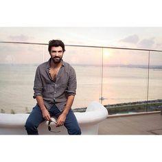 Engin Akyurek Turkish Actors, Best Actor, Looking Gorgeous, Just Love, Hot Guys, Men Casual, Sayings, Mens Tops, Neutral