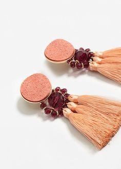 Boucles d'oreilles pendantes pompons - f pouBoucles d'oreille Femme | MANGO France