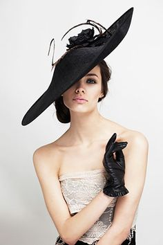 Fashion | Hairstyle | Fascinator | Headpiece | Olivia Roat