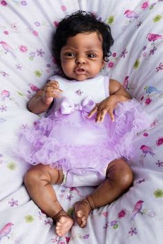 African American Reborn by Kate Charles… Life Like Baby Dolls, Real Baby Dolls, Black Baby Dolls, Realistic Baby Dolls, Reborn Baby Boy Dolls, Newborn Baby Dolls, Baby Girl Dolls, Silicone Reborn Babies, Silicone Baby Dolls