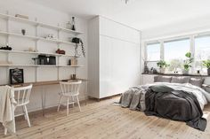 A Stockholm pad in monochrome and 'tan'