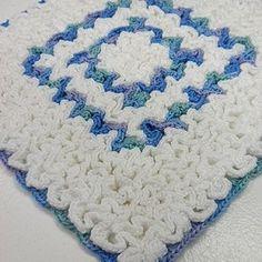 Free Crochet Patterns Wiggly Crochet Patterns, Crochet Potholder Patterns, Crochet Dishcloths, Chrochet, Crochet Ideas, Crochet Hot Pads, Crochet Towel, Free Crochet, Vintage Potholders