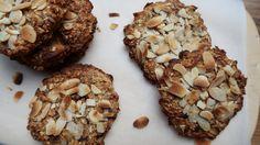 Banaan havermout koekjes Healthy Options, Healthy Treats, Cereal, Muffin, Good Food, Low Carb, Vegan, Breakfast, Desserts