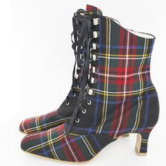 http://www.scotlandshop.com/p-55-hook-lace-up-tartan-boots.aspx#