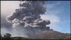 Turrialba volcano has powerful eruption 1 km into the air