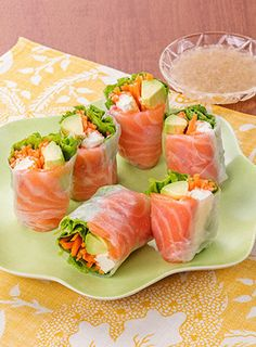 Japanese Dishes, Japanese Food, Sushi, Vietnamese Recipes, Spring Rolls, Restaurant Recipes, Fresh Rolls, Coffee Shop, Nom Nom