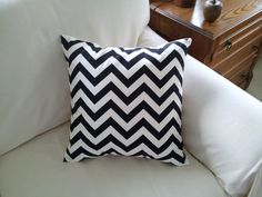 This 18 inch pillow cover is handcrafted in 100 percent cotton in a great looking black and white chevron print. A sharp addition to your decor. The reverse side is white 100 percent cotton twill with an envelope closure.