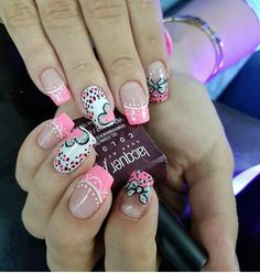 Cute Nail Art Ideas to Try - Nailschick Love Nails, Pink Nails, Pretty Nails, Valentine Nail Art, Holiday Nail Art, Purple Nail Designs, Simple Nail Art Designs, Fabulous Nails, Perfect Nails