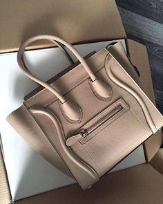 90% off  on our items 100% Quality Guaranteed Worldwide Free Shipping Contact: Line/Wechat/Whatsapp:8613249634759 kik:lovinclothings lovinclothings@hotmail.com #luxurybag#luxurylifet#luxurybrand#fashion#style#stylish#instafashion#pretty#versace#MCM#outfit#beautiful#purse#shopping#handbag#dior#michaelkors#McQueen#balenciaga#ManoloBlahnik#valentino#ferragamo#chanel#burberry#gucci#loewe#lv#hermes#prada#mq by lovinclothings4