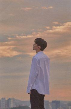 Uri Chen finally became a father and i just wish good things to him. Hope to see chen soon 🌹❤️ Chanyeol, Kyungsoo, Exo Korea, Exo Red Velvet, Exo Fan Art, Exo Lockscreen, Boy Idols, Xiuchen, Kim Jongdae