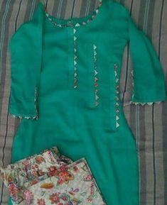 Kurti Sleeves Design, Kurta Neck Design, Sleeves Designs For Dresses, Dress Neck Designs, Stylish Dress Designs, Stylish Dresses, Salwar Suit Neck Designs, Chudidhar Neck Designs, Stylish Dress Book