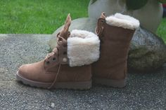 BEARPAW Boots, style: Kay Cool Boots, Bearpaw Boots, Winter Fashion, Ankle Boots, Handbags, My Style, How To Wear, Boots Style, Clothes