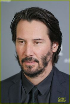 keanu reeves 47 ronin munich photo call 14 Keanu Reeves is handsome in a black suit while attending a photo call for his latest film 47 Ronin held at Hotel Bayerischer Hof on Friday (January 17) in Munich,…
