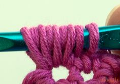 Learn the Puff Stitch! Crochet video and photo tutorial! ❥Teresa Restegui http://www.pinterest.com/teretegui/❥