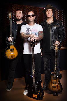 Zacky Vengeance, Johnny Christ & Synyster Gates con sus nuevos modelos de Schecter 2016 (avenged sevenfold, a7x)