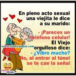 Pareces un teléfono celular. - Chistes de ancianos. Funny Spanish Jokes, Spanish Humor, Spanish Quotes, Funny Jokes, Mom Quotes From Daughter, Morning Handsome, Alcohol Humor, Morning Greeting, I Laughed
