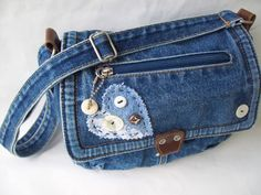 Denim Purse Denim Bag Vintage Recycled by GrannysRecycledRags Diy Bags Purses, Denim Purse, Love Jeans, Recycle Jeans, Texans, Bag Making, Shoulder Strap, Recycling, Coin Purse