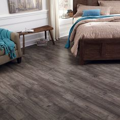 Hot Product of the Week: Woodland Maple laminate, the best of both worlds--a traditional/historic look in a trendy color palette. And like all of our laminate, it's made in High Point, NC!