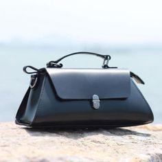 Genuine leather vintage women handbag shoulder bag crossbody bag   Evergiftz