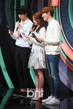 Hongbin Jiyeon Zhoumi #MC The Show