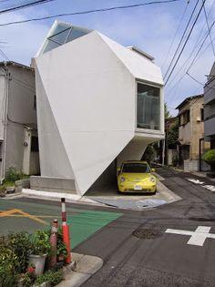 Casa que llego desde el espacio exterior. | Quiero más diseño