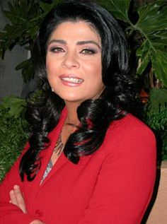 Beautiful Mexican actress Victoria Ruffo wearing red very well.