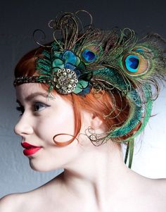This headband is amazing! Absinthe Nymph Peacock Feather Flapper Headband by BaroqueAndRoll Flapper Headband, Flapper Hat, Fascinator Headband, Flapper Costume, Peacock Costume, Peacock Halloween, Peacock Christmas, Peacock Feathers, Pheasant Feathers